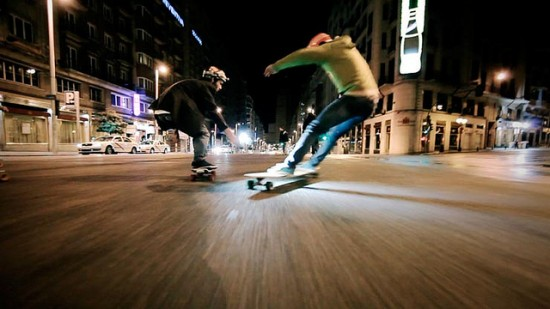 winterlong 550x309 Surfing the City