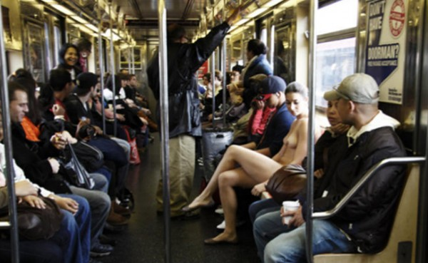 Секс в метро фото бесплатно