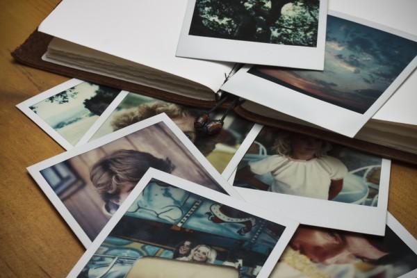 Livro de fotos antigas Shutterstock